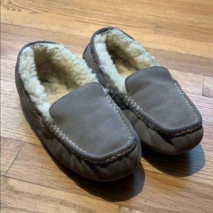 UGG Women's Ansley [Size: 8] Slipper